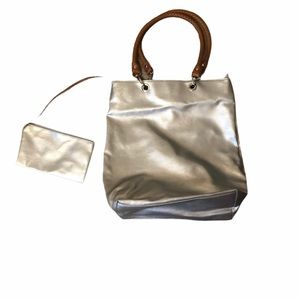 🦋3 for $25🦋 Silver Tote